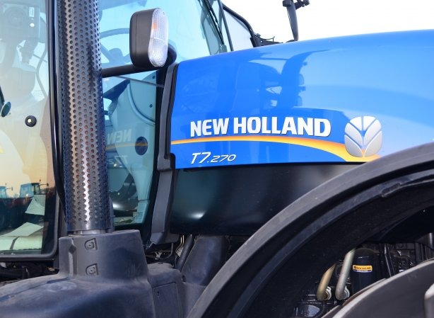 Резервни части за NEW HOLLAND