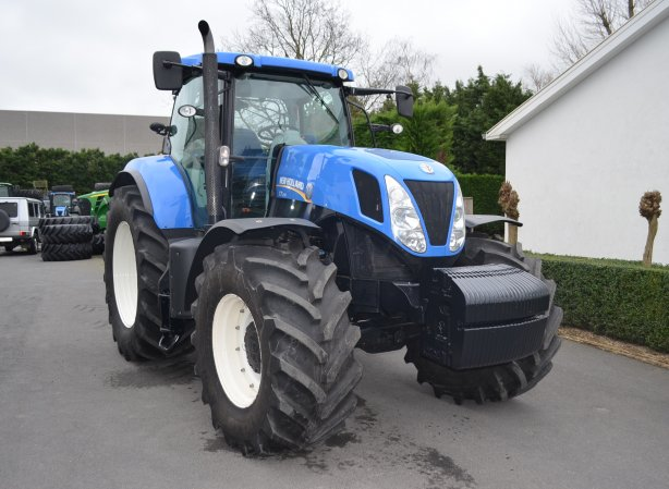 New Holland T7 235 PC SideWinder | Agrocorporation