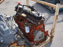 Двигатели - New Holland за TM125 или 8260 * НОВ *